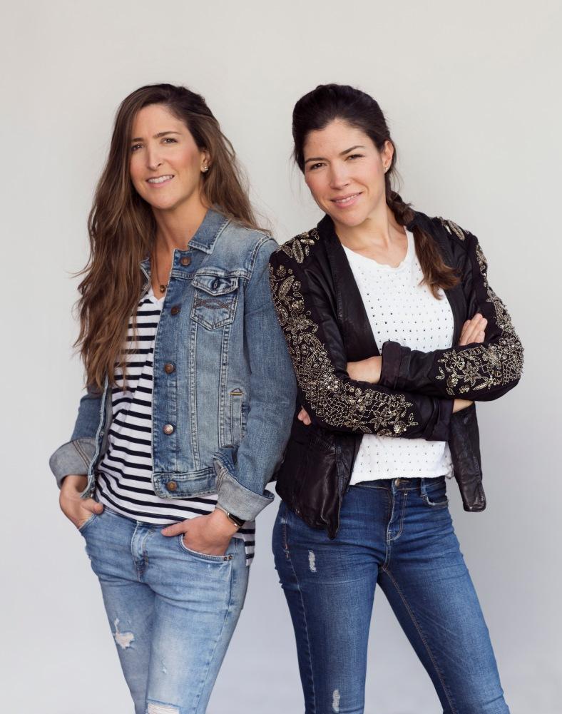 Amalia y Manuela Sierra, hermanas y creadoras de Maaji